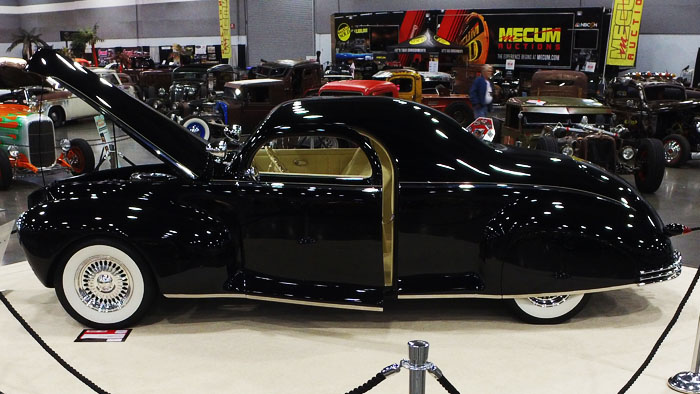 Video -1940 Lincoln Zephyr owned by Ray Poletti