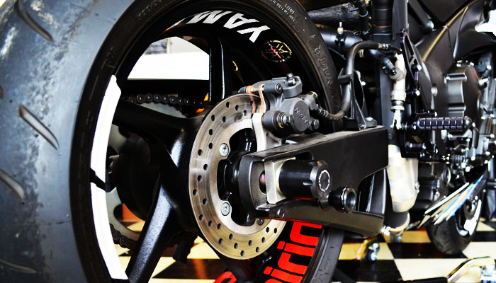 R1 Rear Spools